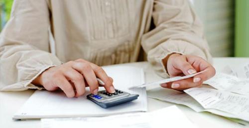 Alg-paying-bills-jpg