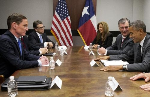 Rick_Perry_s_Immigration_Meeting_With-7ea88c7211a5e421e60a601d940443ec