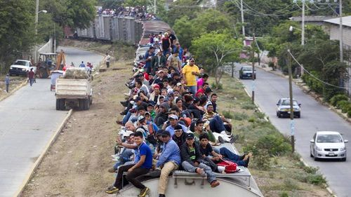 Train-loads-of-illegal-aliens