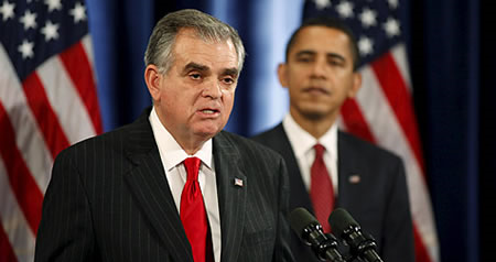 Ray-lahood_barack-obama
