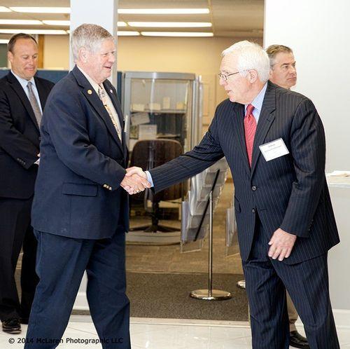 John Rauschenberger welcomes Jim Oberweis to TMA 3