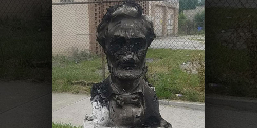 Defaced-lincoln-monument
