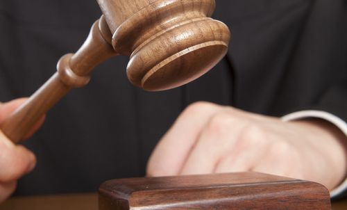 Judge-and-gavel-Article-201406051311