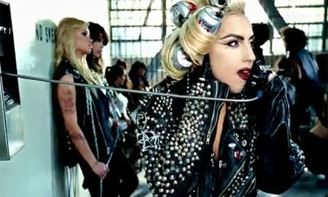 Lady-Gaga-Telephone-5-001
