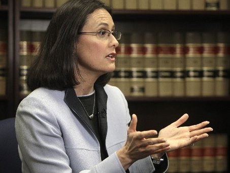 Large_lisa madigan