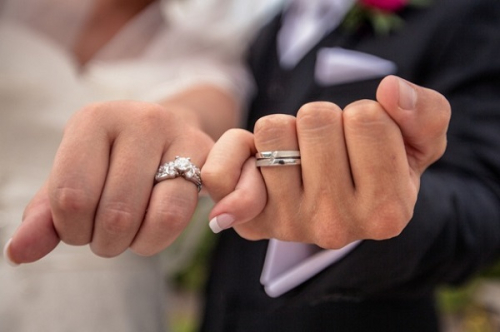Bride-and-groom-wedding-rings