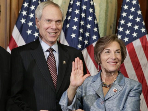 Robert-Creamer-and-Jan-Schakowsky-Associated-Press-640x480