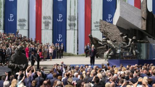 Trump-in-Warsaw-800x450